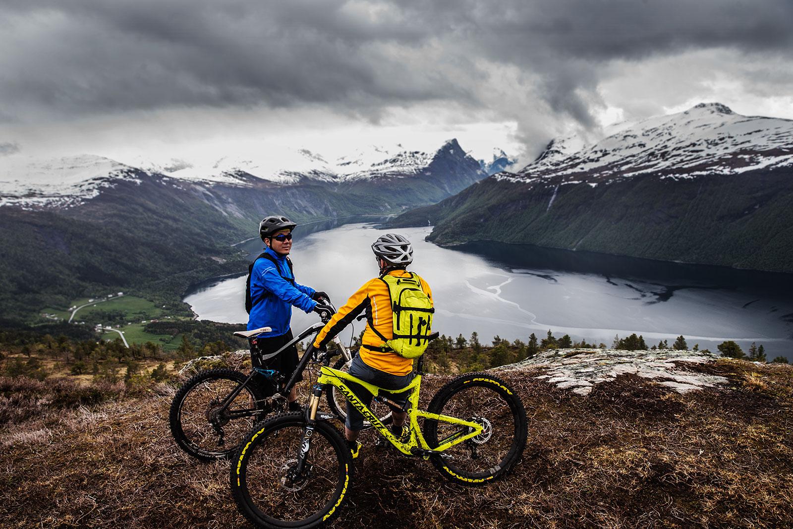 UNIQUE bike ride